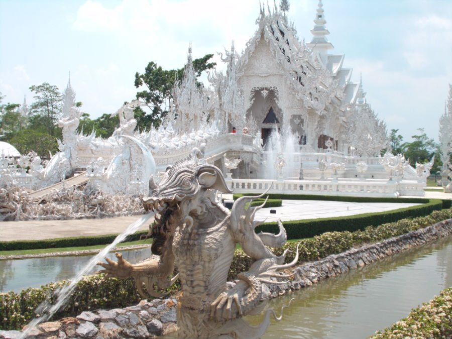 Wat Rong Kong Temple near Chiang Rai. My favourite temple in Thailand!