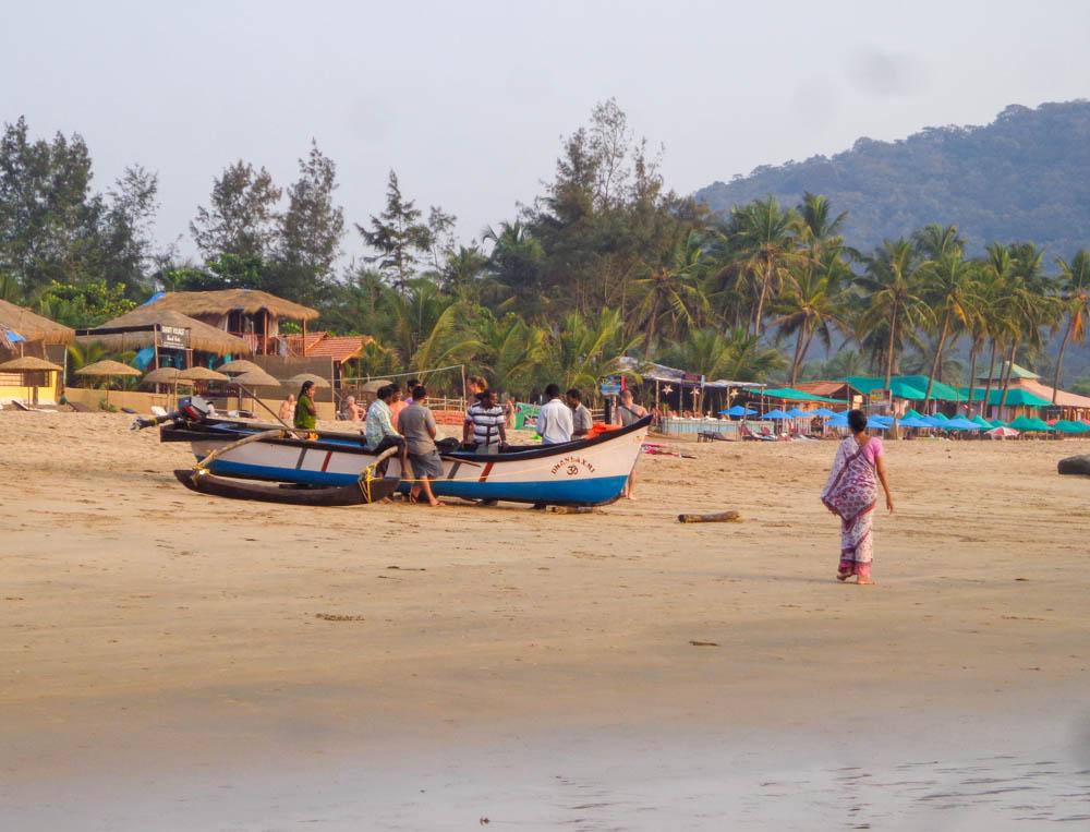 fishing boat agonda beach