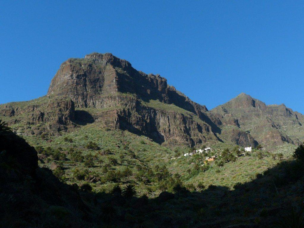 mountains-384489_1280