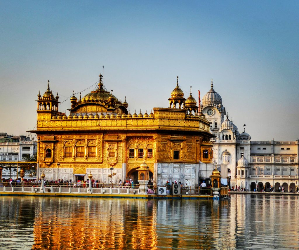 20 photos that show why the golden temple is better than the taj golden temple