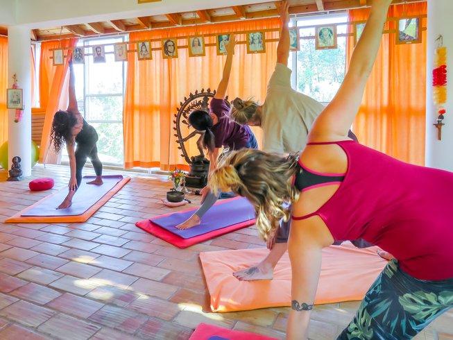 Moinhos Velhos Detox Yoga Retreat portugal