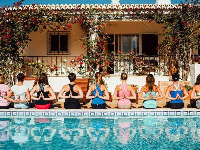 indiv yoga teacher training portugal