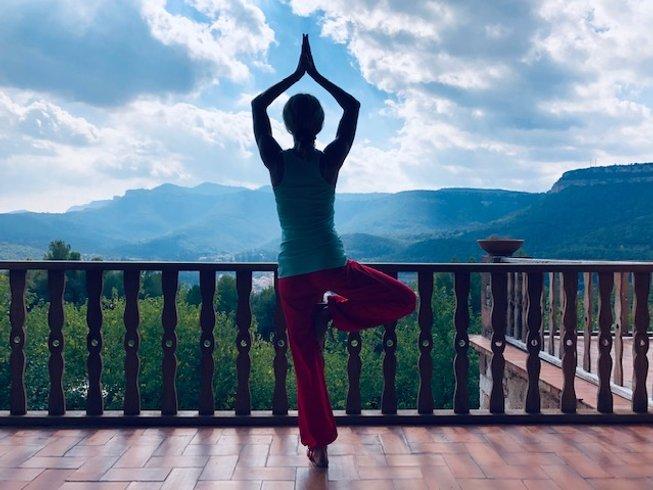 om shanti yoga spain
